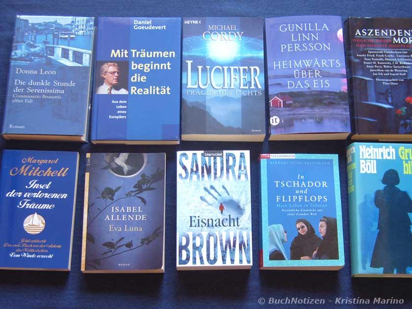 Bücher mit blauem Cover